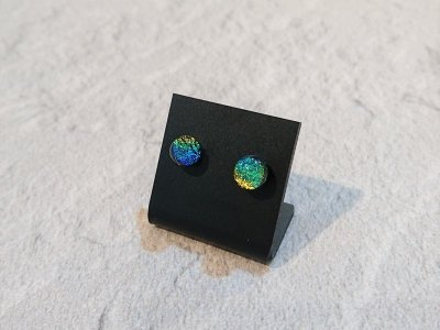 画像1: 【ハンドメイド・ガラスピアス】CLOVER GLASS ハンドメイド ダイクロガラスピアス サージカルステンレス メンズ レディス ペア売り 那須塩原メイド CGPE-GL01B